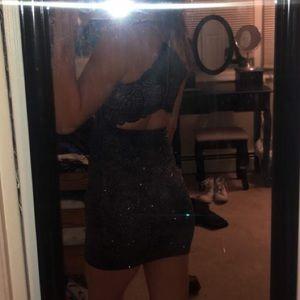 Windsor Dresses - Blue sparkly body con dress